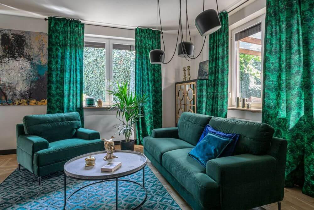 Aranżacja monochromatyczna oparta na kolorze zielonym, z zestawem wypoczynkowym Monday | Gala Collezione