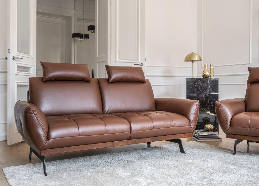Sofa Nicea z opcjonalnym zagłówkiem w kształcie podłużnej poduszeczki   Gala Collezione