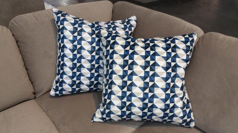 Celeste - projekt tkaniny na poduszkę Alicji Garbowskiej