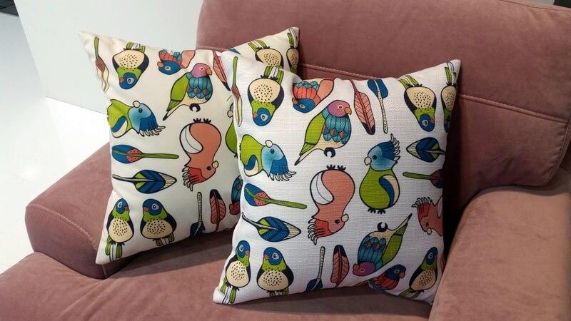 Lovebirds - projekt tkaniny na poduszkę Martyna Mieszko