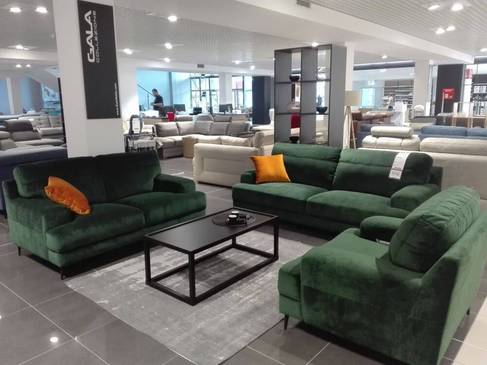 Salon meblowy Womag w Zielonej Górze- stoisko firmowe Gala Collezione
