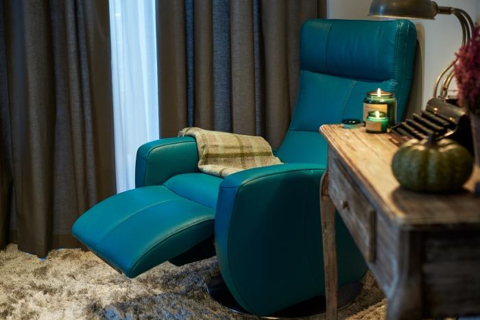 Aranżacja z fotelem Inari marki Gala Collezione, przygotowana przez ladyofthehouse.pl