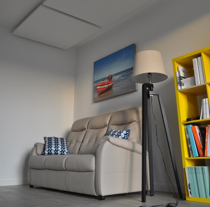 Wzorcowe Mieszkanie Seniora - sofa Choco marki Gala Primo i poduszki Celeste